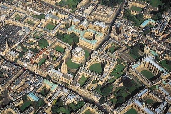oxford-university-aerial.storyimage